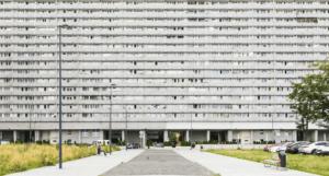 Brutalizm w polskiej architekturze – wciąż niedoceniany styl architektoniczny
