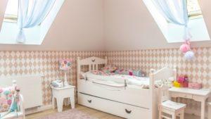 Jak z pomysłem urządzić pokój dla 4 latki?