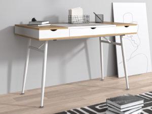 Minimalistyczne biurko skandynawskie – to jest trendy!