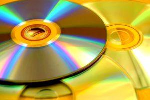 Prawidłowa segregacja: gdzie wyrzucić płyty cd?